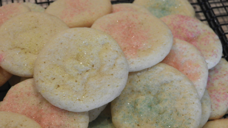 Mom's Old Fashioned Sugar Cookies - Feature