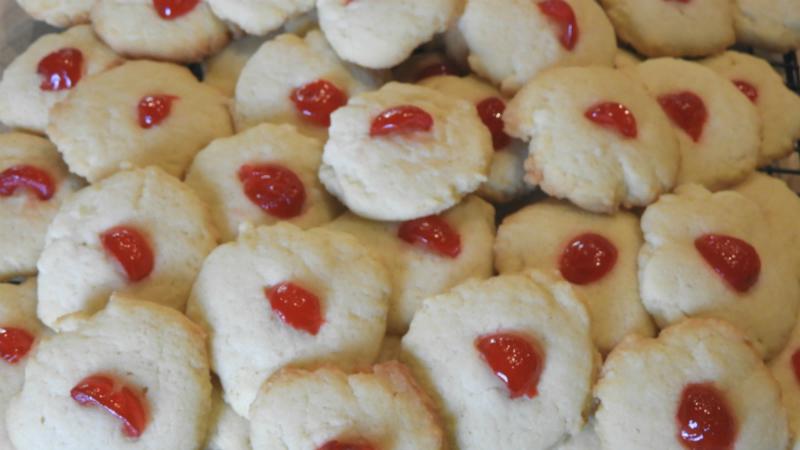 Brown Rim Cookies - Feature