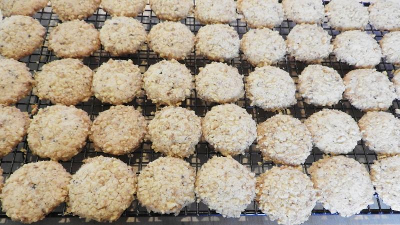 Walnut Butter Cookies - Feature